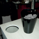 Built-in ice cube bucket